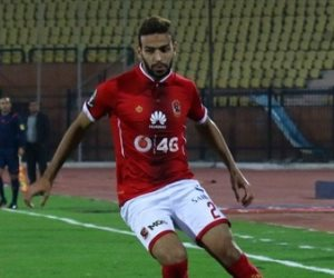 ميدو جابر يهدر فرصة هدف محقق للأهلي أمام كمبالا بعد 15 دقيقة