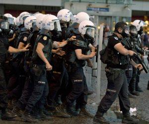 ماذا لو حدث ذلك في مصر أو السعودية؟.. فيديو يفضح انتهاكات الأمن التركي