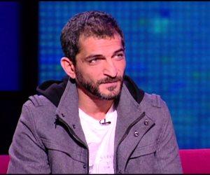 بلاغ يتهم الفنان عمرو واكد بإهانة السلطة القضائية بالتعليق على أحكام الإعدام