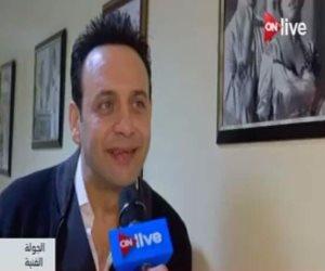 مصطفى قمر يكرم النقيب محمد وهبة شهيد كمين الدائري.. تعرف كيف؟
