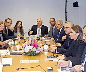الاستثمار والإسكان يبحثان مع نائب رئيس البنك الدولي دعم مشروعات جديدة