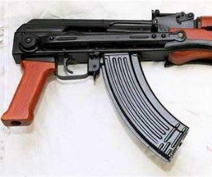 مصرع عامل بدار السلام سوهاج أطلق على نفسه النار من بندقية آلية بطريق الخطأ