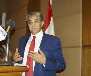 """طارق فهمي.. وزير الوعود"""" الفشنك"""""""