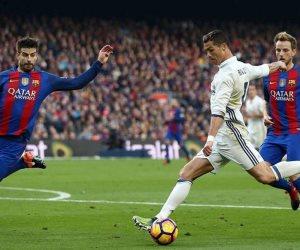 برشلونة يستفز جماهير الريال بـ«الرباعية التاريخية» (فيديو)