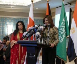 وزيرة الهجرة: لا قرار بشأن العمالة بقطر.. ورحلات طيران للراغبين في العودة