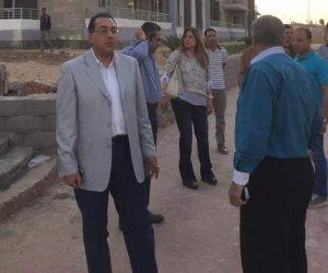 وزير الاسكان يتفقد أعمال تطوير إسكان دار مصر بمدينة 6 أكتوبر (صور)