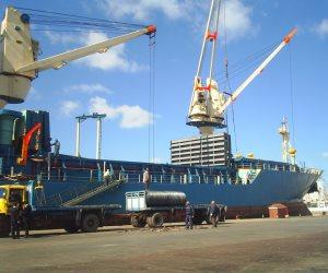 ميناء الإسكندرية يستقبل جازولين من الإمارات وسلع استراتيجية هامة