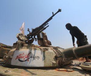 قائد «جيش الإسلام» يغادر الغوطة.. ومقاتلو التنظيم يسلمون أسلحتهم للجيش السوري