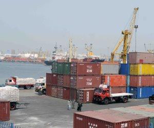 غلق بوغازي مينائي الإسكندرية والدخيلة نظرًا لسوء الأحوال الجومائية