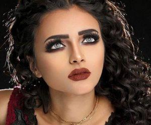 """5 خطوات للحصول على مكياج ناعم وطبيعي من خبيرة التجميل """" دينا محمد"""""""