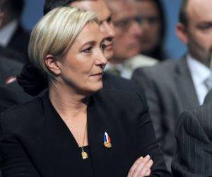 «الانتخابات الفرنسية»..والد ماريان لوبان يهاجمها مجددا