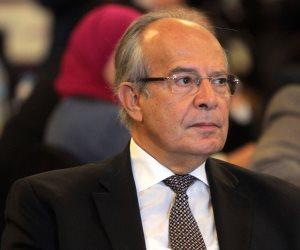 هشام الشريف.. وزير تجاهل أراضي الدولة حتى أمر الرئيس