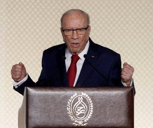 السبسى: الجيش التونسى قادر على حماية حدود الدولة وتأمين كافة المنشآت