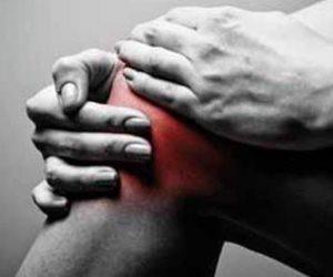 6 علاجات منزلية غير تقليدية لتخفيف آلام الركبة .. منهم الأرز والزنجبيل