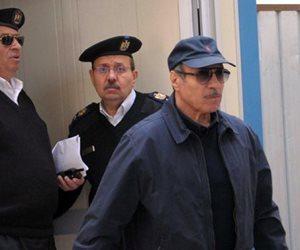 عاجل .. العادلي يستشكل لوقف تنفيذ سجنه 7 سنوات في «فساد الداخلية»