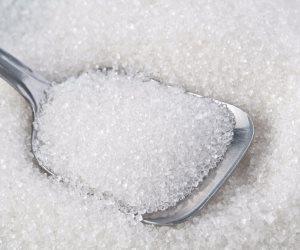 السكر يدخل عالم التجميل من أوسع الأبواب .. يحافظ على جمال ونضارة البشرة