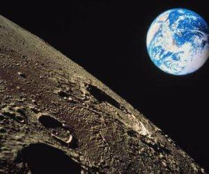 """""""أوقاف أسوان"""" توضح تفسير ظهور القمر بدرا قبل منتصف رمضان: اقتراب علامات الساعة"""