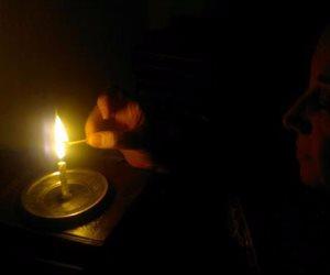 أهالي قرية أولاد عمرو وجزيرة الطوابية يشكون من انقطاع الكهرباء بقنا
