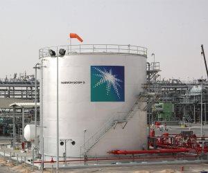 السعودية تطفئ نيران البترول.. اتفاق جديد مع روسيا لإعادة 1.8 مليار برميل للسوق