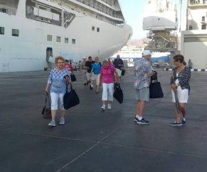«شركات السياحة» تطالب بمنع التعامل مع منظمي الرحلات الأجانب المتلاعبين ماليا