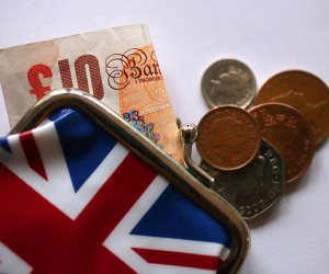 ارتفعت الأجور وقلت البطالة.. الاقتصاد البريطاني يشهد تقدماً ملحوظاً