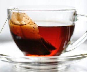 """""""القليل منه مفيد  """" يخفض الوزن ويخفف الإجهاد .... 8 فوائد للشاي الأحمر"""