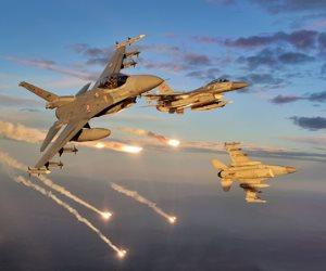 لماذا قصفت الطائرات الأمريكية القافلة الموالية للجيش السوري؟ (تحليل)