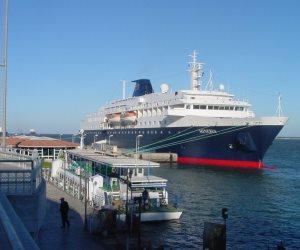 موانئ بورسعيد تستقبل 17 سفينة خلال 24 ساعة