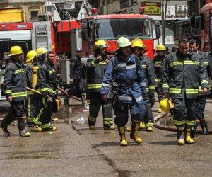 على خلفية مقتل سيدة فى مشاجرة.. 15 سيارة إطفاء تسيطر على حريق منازل قرية سنجها بالشرقية