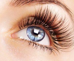 اعتني برموشك بطرق طبيعية .. العناية تزيد جاذبيتهم وحماية للعينين من الشوائب