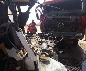 مصرع  مسن فى حادث تصادم على طريق الفرافرة بالوادى الجديد