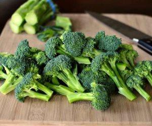 تعرفى على أطعمة تحمى جسمك من نمو خلايا السرطان وعلامات تقدم العمر