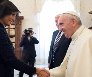 هل يوجد حجاب في المسيحية؟.. السنودس الإنجيلي يجيب