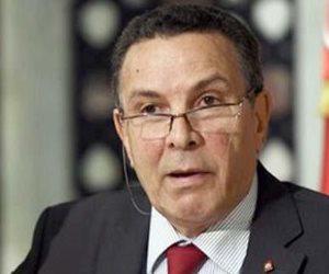 وزير الدفاع التونسي: نحقق في صحة تحويل أموال قطرية عبر بلادنا لدعم الإرهاب