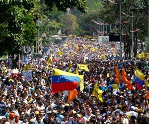 فنزويلا تسجن زعيمين معارضين في إطار حملة على المعارضة