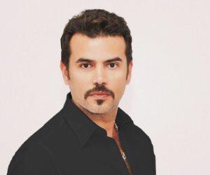 سامو زين يكشف أسرار مسيرته الفنية مع عمرو الليثى ببرنامج واحد من الناس