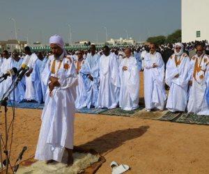 باكستان تبدأ الشهر بحرب البيض وموريتانيا تحلق رأسها.. أغرب الاحتفالات الرمضانية حول العالم
