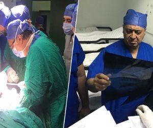 وزير الصحة يجرى عمليتين جراحتين لسيدة وطفلة من مصابي حادث المنيا