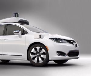 الكشف عن تحطم سيارة جوجل الصغيرة «ميني فان»: نام سائقها الوحيد أثناء الرحلة