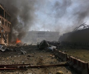 فرنسا تدين تفجيرات العاصمة الأفغانية كابول المزدوجة