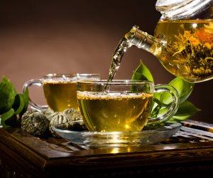 فوائد الشاى الأخضر.. يعطل تراكم السمية العصبية