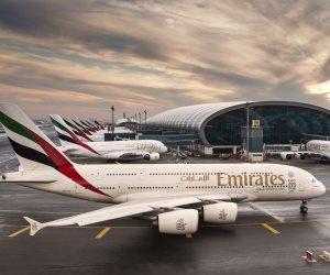 طيران الإمارات يعلن تعليق رحلاته من وإلى قطر