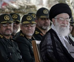 رأس الشيطان يتمسك بسوريا.. 5 مواقع عسكرية تمولها إيران رغم الحصار الاقتصادي
