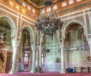 مسجد عمر مكرم.. صلاة وعزاء وأفراح وشاهد على الثورات ( انفوجراف )