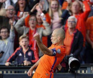 روبين علي رأس قائمة المنتخب الهولندي في تصفيات المونديال
