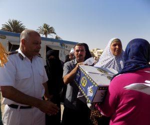 أمن جنوب سيناء يوزع 100 كرتونة رمضانية على الموطنين بطور سيناء (صور)