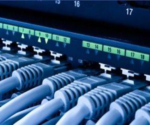 التكنولوجيا تخطف عقول المصريين.. زيادة مستخدمى الانترنت عبر المحمول 13%.. وزيادة الخطوط الأرضية بنسبة 38%