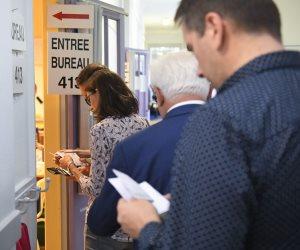 الانتخابات الفرنسية.. حزب ماكرون يتجه للحصول على غالبية مقاعد البرلمان