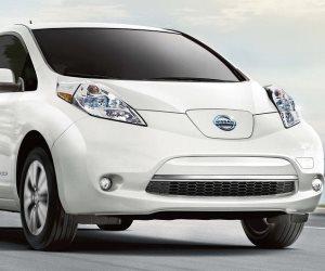 تقرير يشير لارتفاع مبيعات السيارات الكهربية في العالم