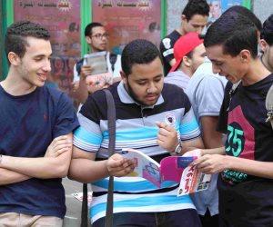 بدء توافد طلاب الدبلومات الفنية على لجان الامتحانات في الجيزة